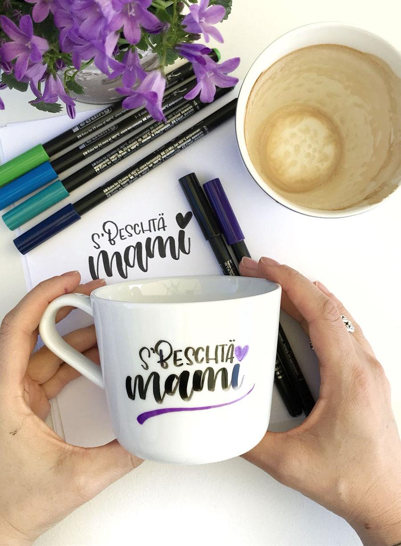 Muttertagsgeschenk | Geschenk | Muttertag | Muttertags DIY | Handlettering | Tasse Handlettering | Porzellanstifte | Muttertagsgeschenk basteln | basteln | DIY