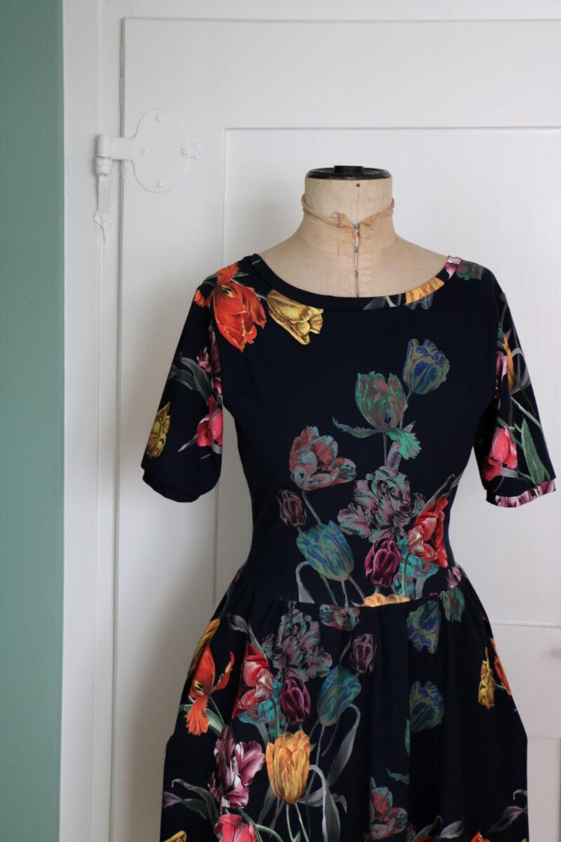 moneta dress | nähen | nähkurs | nähworkshop | näh kurs | näh workshop | kleider nähen | kleider selber nähen