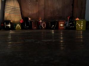 diy   do it yourself   selbermachen   halloween   halloween diy   basteln   kinderbasteln   basteln für halloween   basteln mit kindern   büchsen   büchsen mit licht   büchsenlicht   halloween licht