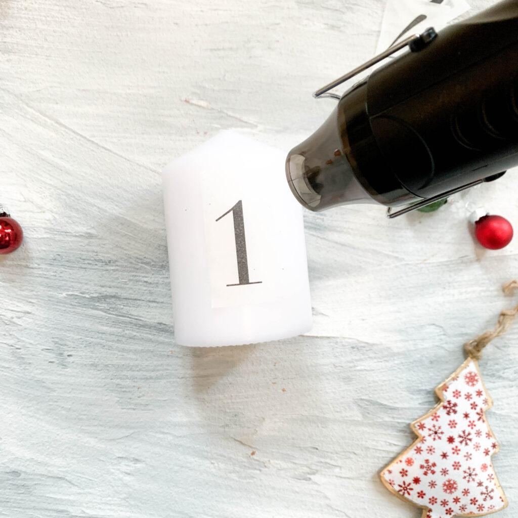 Advent | Adventskerzen | Adventskerze | Material | Adventskranz | Adventskranz DIY | DIY | Weihnachtsbasteln | Weihnachten | Vorbereitung | Serviettentechnik | mit Wachs verschmelzen | Serviette mit Wachs verschmelzen
